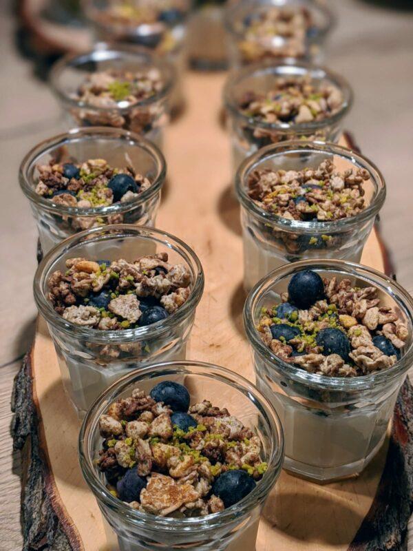Quark mit Heidelbeeren und Schokocrunsh